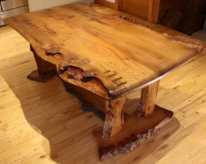 'River' Dining Table side